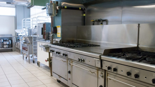 Stoves in the industrial kitchen